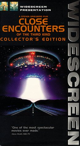 9780767801928: Close Encounters of the Third Kind (Widescreen Edition) [VHS]