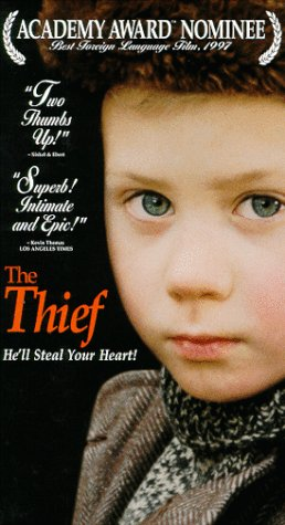 9780767831062: The Thief [VHS]