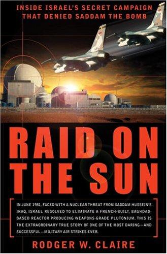 9780767914000: Raid on the Sun