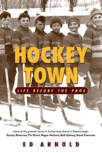 9780771007835: Hockey Town: Life Before the Pros