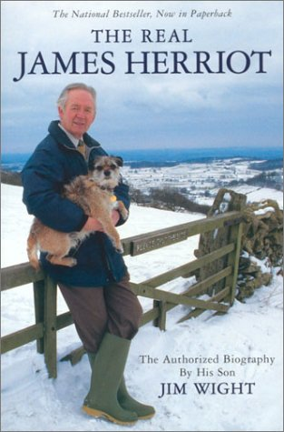 9780771088445: The Real James Herriot : The Authorized Biography