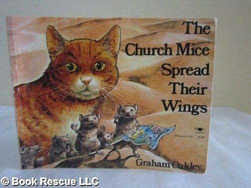 9780771592355: Church Mice Spread Their Wings