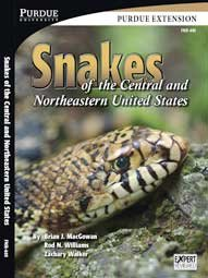 9780772764935: Snakes of the Central and Northeastern United States