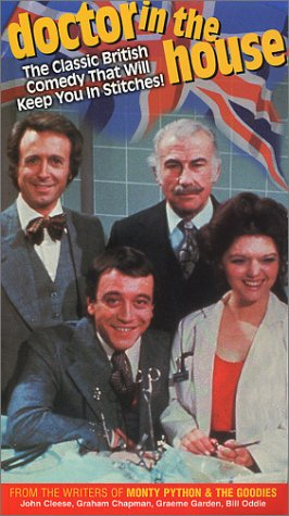9780773351875: Doctor In The House (Box Set) [VHS]