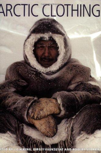 9780773530089: Arctic Clothing