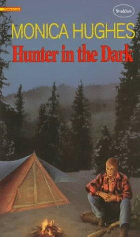 9780773674059: Hunter in the Dark (Gemini Book)