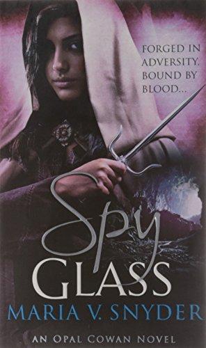9780778303916: Spy Glass. Maria V. Snyder