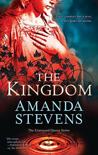 The Kingdom (The Graveyard Queen Series): Stevens, Amanda