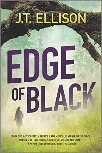 9780778313724: Edge of Black (A Samantha Owens Novel)