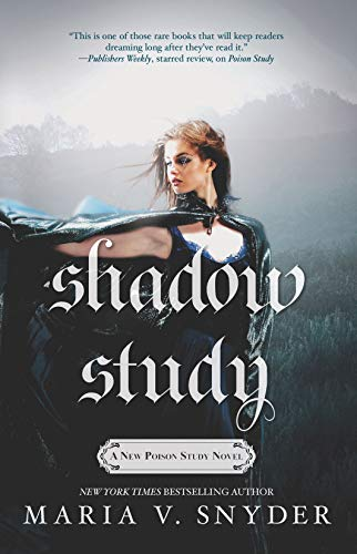 9780778317401: Shadow Study (Soulfinders)