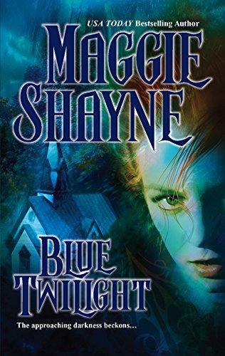 9780778321507: Blue Twilight (Twilight Series Book 11)