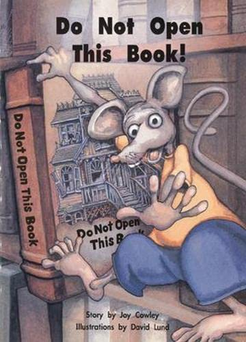 9780780294431: Do Not Open This Book (Story Basket)
