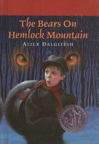 9780780713529: The Bears on Hemlock Mountain (Ready-For-Chapters)