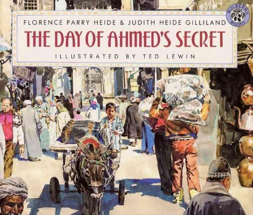 9780780747173: The Day of Ahmed's Secret