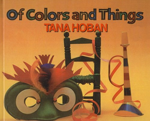 9780780763104: Of Colors and Things