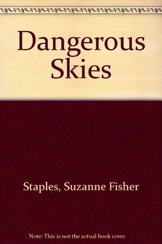 9780780780538: Dangerous Skies