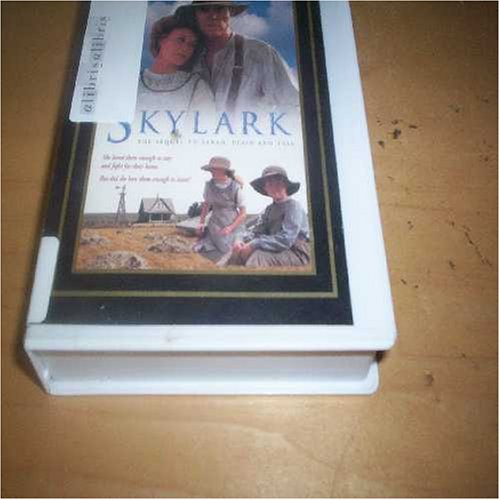9780782002393: Skylark (Gold Crown Collector's Edition: Video) (VHS: 108 Minutes)