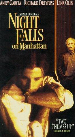 9780782007053: Night Falls on Manhattan [VHS]
