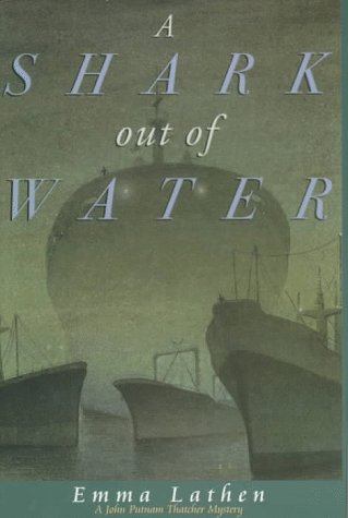9780783883571: A Shark Out of Water: A John Thatcher Mystery (G K Hall Large Print Book Series)