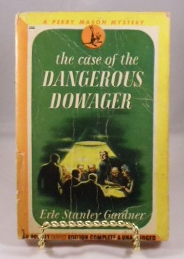 9780783892252: The Case of the Dangerous Dowager