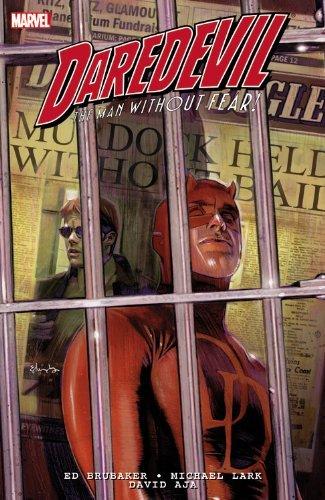 9780785163343: Daredevil By Ed Brubaker & Michael Lark Ultimate Collection - Book 1