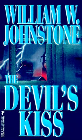 9780786010035: The Devil's Kiss
