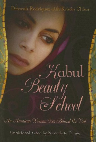 9780786149230: Kabul Beauty School: An American Woman Goes Behind the Veil