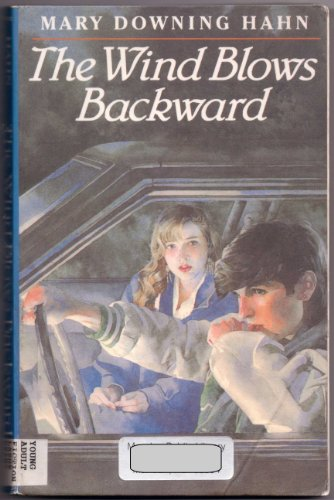 9780786200641: The Wind Blows Backward (Thorndike Large Print Teen Scene)