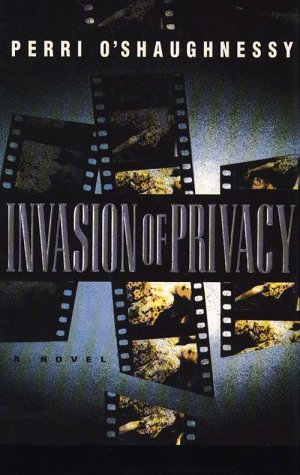 9780786209309: Invasion of Privacy