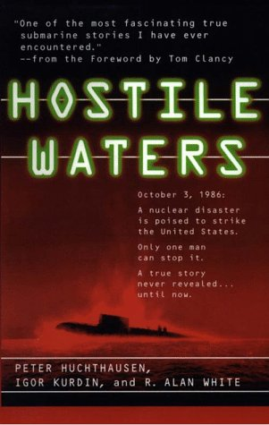 9780786212156: Hostile Waters (Thorndike Press Large Print Basic Series)
