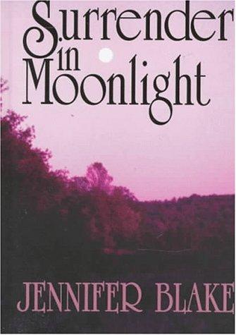 9780786212644: Surrender in Moonlight (Five Star Standard Print Romance)