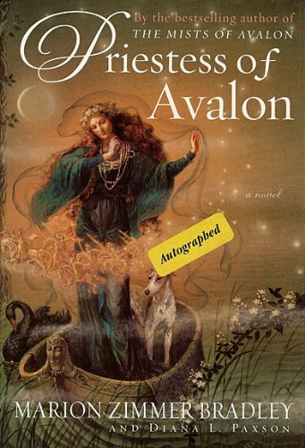 9780786236534: Priestess of Avalon