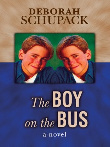 9780786255733: The Boy on the Bus