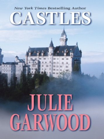 9780786262496: Castles (Thorndike Famous Authors)