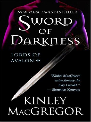 9780786288878: Sword of Darkness (Thorndike Press Large Print Romance Series)