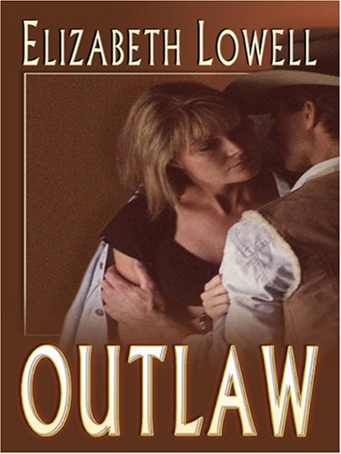 9780786289325: Outlaw (Thorndike Press Large Print Famous Authors Series)