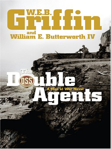 9780786294893: The Double Agents (Thorndike Core)