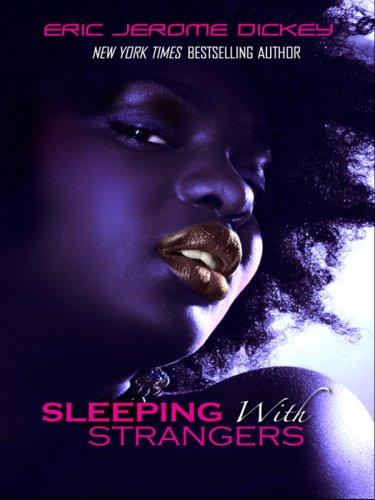 9780786295425: Sleeping with Strangers (Thorndike Press Large Print African American Series)