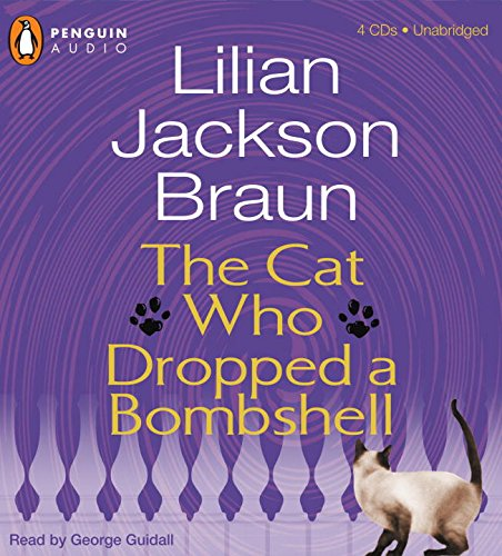 9780786555413: The Cat Who Dropped a Bombshell (Cat Who..., #28)