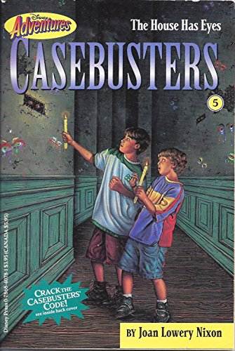 9780786831005: The House Has Eyes (Disney Adventures Casebusters)