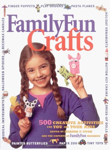 9780786863044: Disney's FamilyFun Crafts: 500 Creative Activities for You and Your Kids