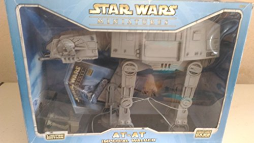 Star Wars Miniatures AT-At Imperial Walker Colossal Pack (1 Colossal Figure & Battle Grid): ...
