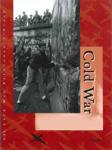 9780787676636: Cold War: Biographies. Volumes 1 & 2. (U-X-L Cold War Reference Library)