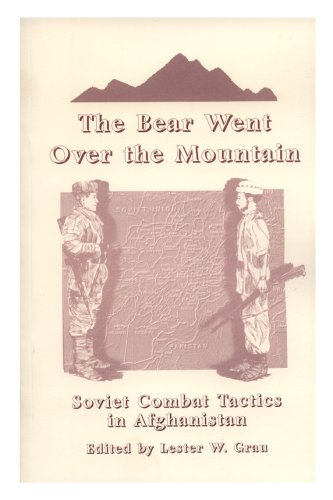 9780788146657: Bear Went over the Mountain: Soviet Combat Tactics in Afghanistan