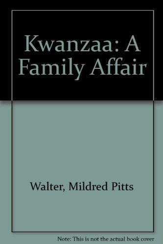9780788169564: Kwanzaa: A Family Affair