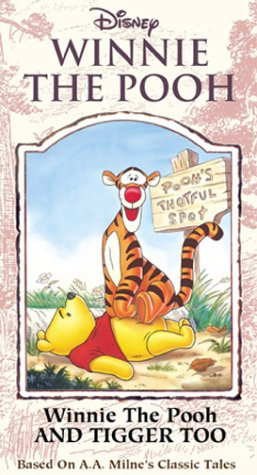 9780788822711: Winnie the Pooh and Tigger Too [VHS]