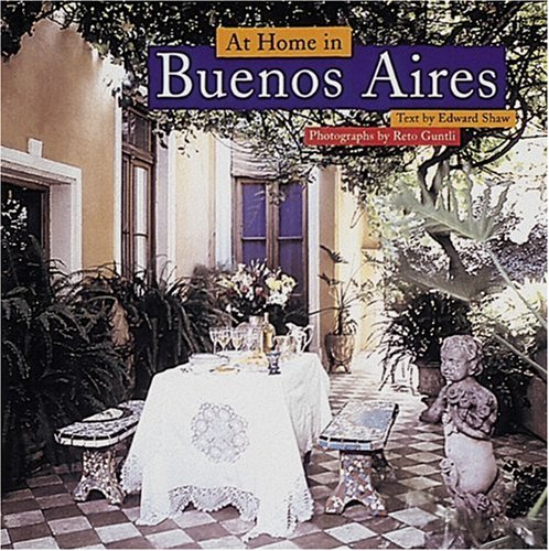 9780789202512: At Home in Buenos Aires