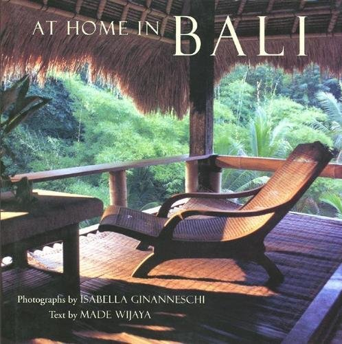 9780789204677: At Home in Bali