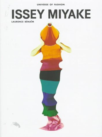9780789301178: Issey Miyake (Universe of Fashion)