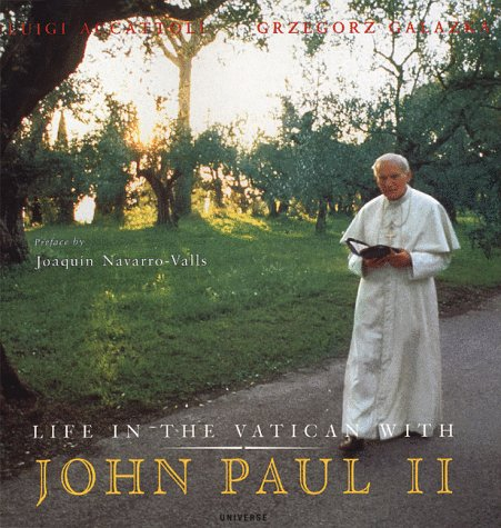 9780789302526: Life in the Vatican with John Paul II